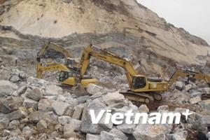 Khởi tố vụ sập mỏ đá