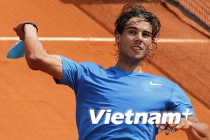 Djokovic hạ gục Del Potro, Nadal tìm lại sức mạnh