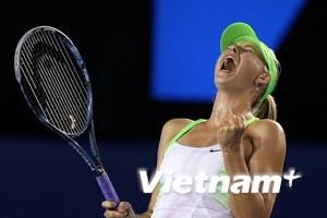 Sharapova, Azarenka vào chung kết Australia Open
