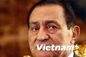 """Cựu tổng thống Ai Cập Mubarak đã """"chết lâm sàng"""""""