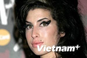 Cái chết của Amy Winehouse bị lợi dụng để lừa đảo