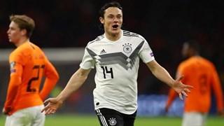 Tuyển Đức thắng Hà Lan kịch tính, á quân thế giới bại trận