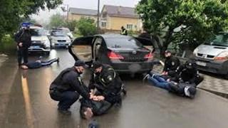 Video cảnh các thành viên băng đảng đấu súng làm chấn động Ukraine
