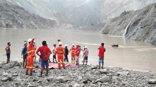 Số người tử vong trong vụ lở đất ở Myanmar tăng gấp đôi
