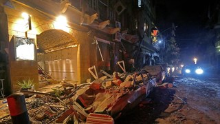 Cảnh hỗn loạn tại các bệnh viện ở Beirut sau hai vụ nổ lớn