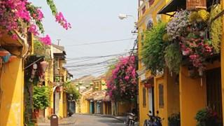 Phố cổ Hội An mở cửa đón khách du lịch, giảm giá vé tham quan