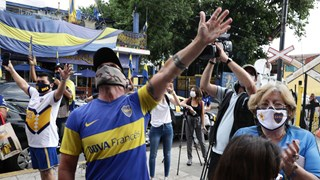 [Video] Đất nước Argentina tri ân huyền thoại bóng đá Maradona