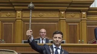 Cận cảnh Tổng thống Ukraine Zelensky tới tuyên thệ nhậm chức