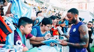 Man City phô diễn kỹ thuật trước người hâm mộ tại Hong Kong