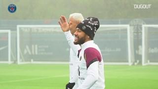 Neymar và đồng đội sẵn sàng nghênh chiến Manchester United