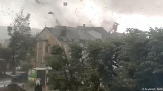 Châu Âu hứng chịu lốc xoáy và giông bão sau đợt nắng nóng đỉnh điểm