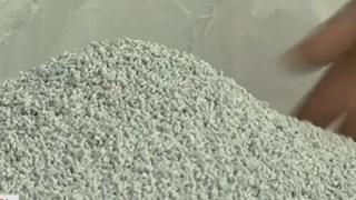 [Video] Malaysia: Tái chế rác thải nhựa thành vật dụng hữu ích
