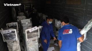 Cận cảnh toa tàu chở hàng vào TP.HCM để lắp đặt cho bệnh viện dã chiến
