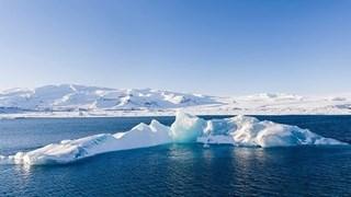 Iceland xây tấm bia ghi nhớ tảng băng tan đầu tiên do biến đổi khí hậu