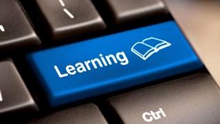 [Video] Học qua mạng - giải pháp khi không thể tới trường vì COVID-19