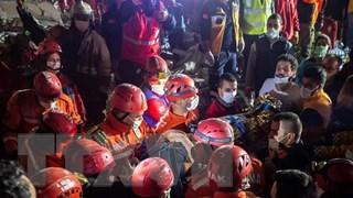 [Video] Cảnh tượng kinh hoàng từ trận động đất chết chóc ở Thổ Nhĩ Kỳ