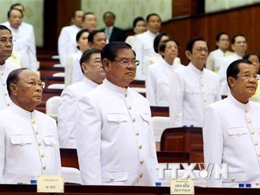 Thủ tướng Campuchia Hun Sen có 101 cố vấn và trợ lý giúp việc