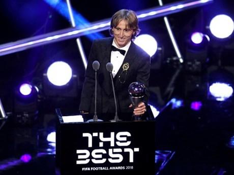 Luka Modric đoạt danh hiệu cầu thủ xuất sắc nhất năm của FIFA