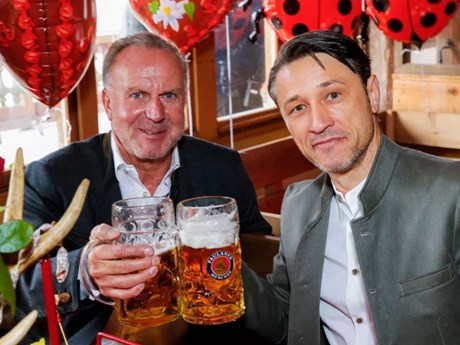 Bayern Munich vẫn tưng bừng tại lễ hội Oktoberfest sau thảm bại