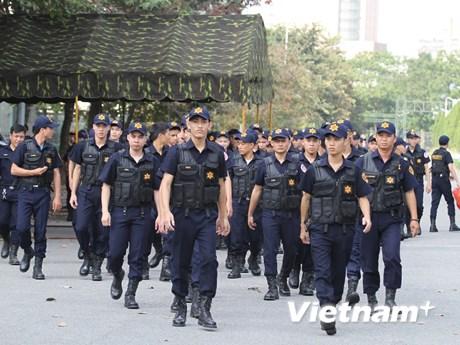 Cận cảnh lực lượng an ninh bảo vệ trận Việt Nam - Philippines