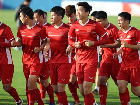 Cận cảnh tuyển Việt Nam hăng say tập luyện chờ đối đầu Nhật Bản