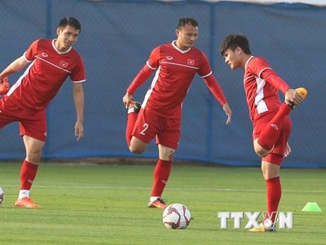 Hình ảnh tuyển Việt Nam tập buổi cuối trước trận gặp Nhật Bản
