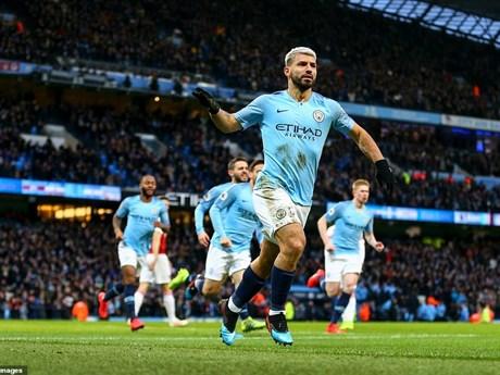 Sergio Aguero lập hat-trick, Manchester City đánh bại Arsenal