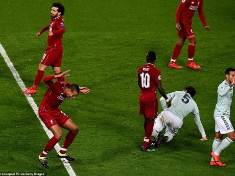 Hình ảnh đáng nhớ ở trận Liverpool 'đại chiến' Bayern tại Anfield