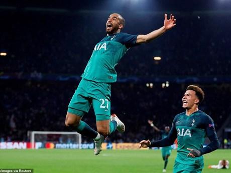 Cận cảnh màn ngược dòng 'điên rồ' của Tottenham trước Ajax | Bóng đá | Vietnam+ (VietnamPlus)