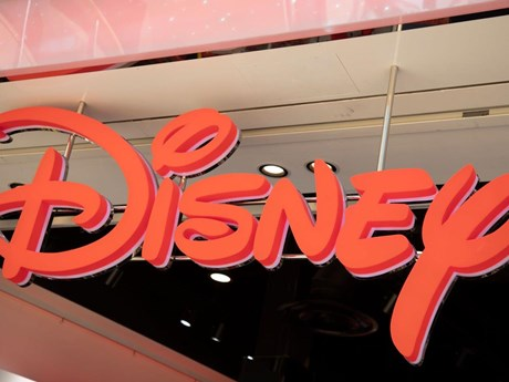 Disney kiếm bộn khi