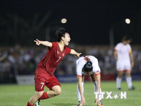 Giành vé vào chung kết, đội tuyển nữ Việt Nam được thưởng lớn | Bóng đá | Vietnam+ (VietnamPlus)