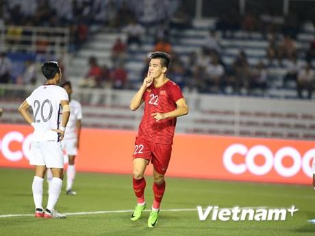 U22 Việt Nam-U22 Campuchia 3-0: Hà Đức Chinh lập cú đúp | Bóng đá | Vietnam+ (VietnamPlus)