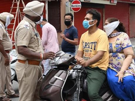 Nhiều địa phương tại Ấn Độ tái áp đặt các lệnh phong tỏa | Sức khỏe | Vietnam+ (VietnamPlus)