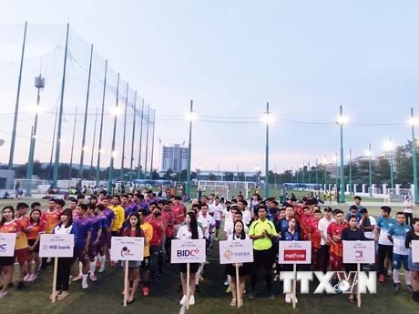 Khai mạc giải bóng đá doanh nghiệp Việt Nam tại Campuchia