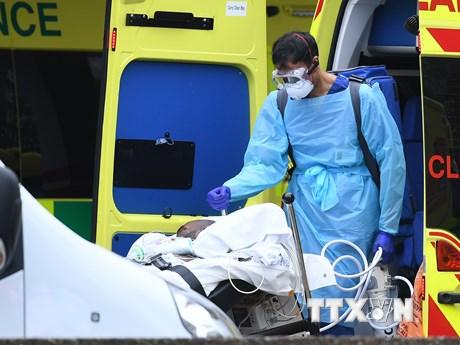 EU báo động tình hình dịch bệnh ngày càng tồi tệ ở châu Âu