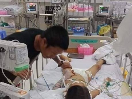 Bình Phước: Bé 7 tuổi ngưng tim, hôn mê sau ca mổ lấy đinh nẹp ở tay