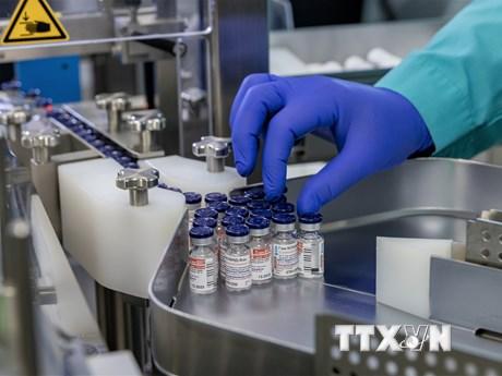 Nga thông báo vắcxin ngừa COVID-19 thứ hai đạt hiệu quả tuyệt đối