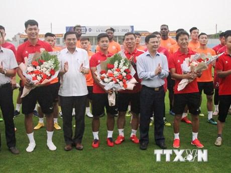 HLV Nguyễn Thành Công dẫn dắt Hồng Lĩnh Hà Tĩnh với mục tiêu trụ hạng