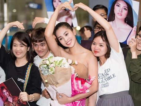Hoa hậu Tiểu Vy rạng rỡ trở về sau chung kết Miss World 2018