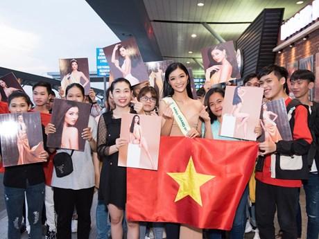 Kiều Loan chính thức lên đường 'chinh chiến' Miss Grand International | Văn hóa | Vietnam+ (VietnamPlus)