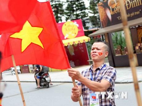 """Cổ động viên Hà Nội sẵn sàng """"tiếp lửa"""" đội tuyển Olympic Việt Nam"""
