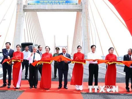 Hình ảnh Thủ tướng dự Lễ thông xe tuyến cao tốc Hạ Long-Hải Phòng