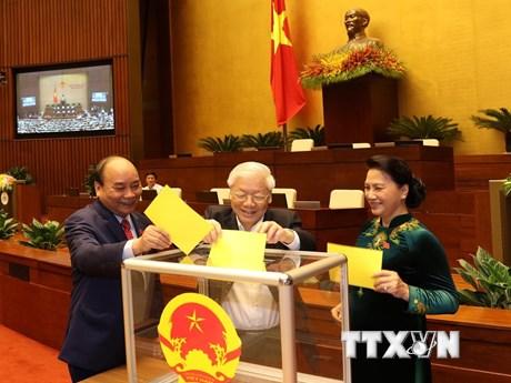 Hình ảnh các đại biểu Quốc hội bỏ phiếu bầu Chủ tịch nước