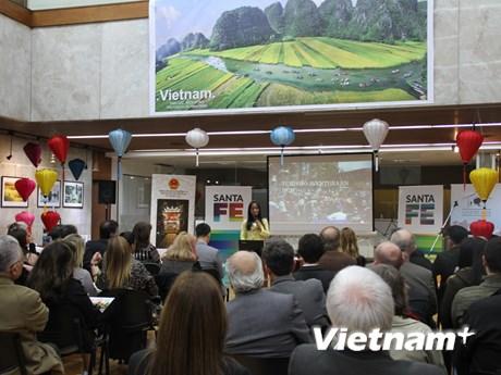 Quảng bá văn hóa và du lịch Việt Nam tại thủ đô của Argentina