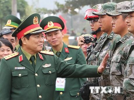 Hình ảnh quân đội Việt-Trung diễn tập cứu trợ thảm họa, dịch bệnh
