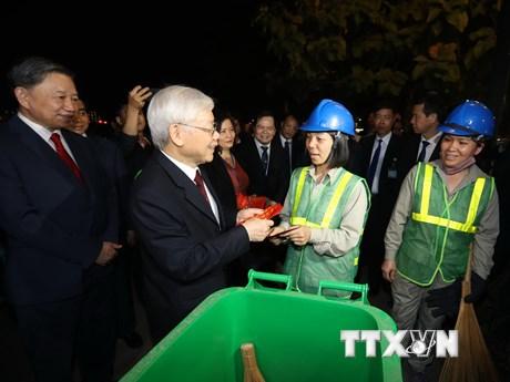 Một số hình ảnh của Tổng Bí thư, Chủ tịch nước trong dịp Tết