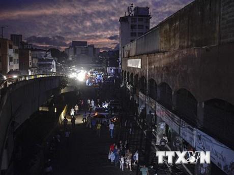 Mất điện diện rộng tại thủ đô Caracas và 16 bang của Venezuela