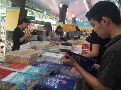 15 tựa sách ở 7 hạng mục được trao tặng Giải Sách hay năm 2020