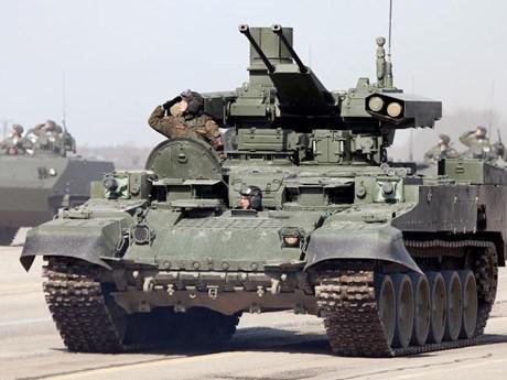 Nga đang phát triển đạn pháo dẫn đường có độ chính xác cao