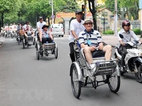 Việt Nam đang tiến gần đến mục tiêu đón 18 triệu lượt khách quốc tế   Du lịch   Vietnam+ (VietnamPlus)